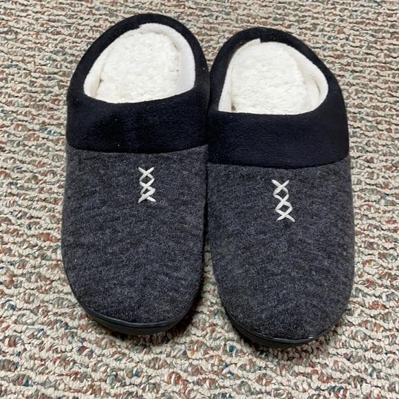 Isotoner Black Slippers